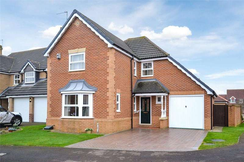4 Bedrooms Detached House for sale in Woodlands Walk, Stokesley, North Yorkshire