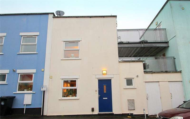 3 Bedrooms Terraced House for sale in Summer Street, Southville, Bristol, BS3