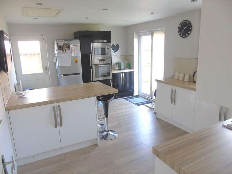 3 Bedrooms Detached House for sale in Wellfarm Close, Walton, Liverpool, Merseyside, L9