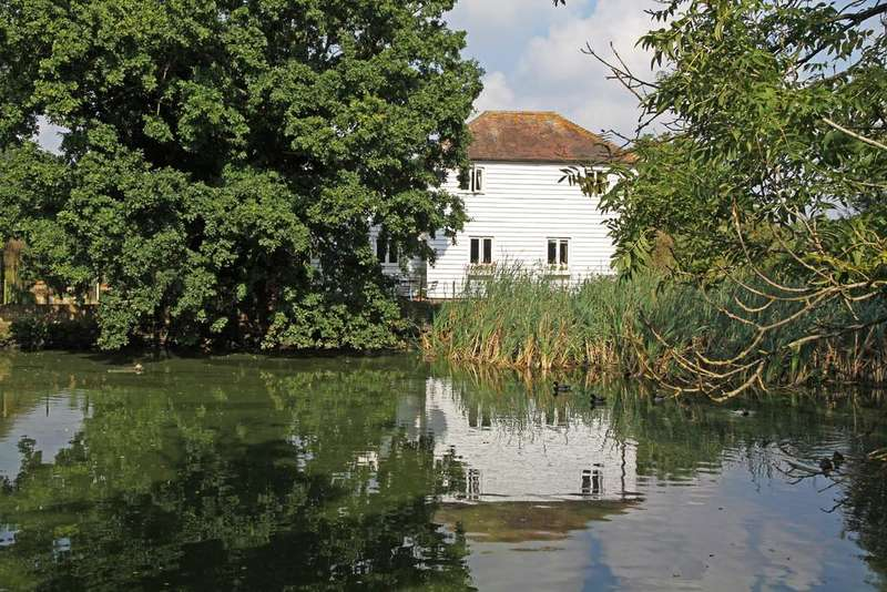 3 Bedrooms Cottage House for sale in Station Road, Northiam, Near Rye, East Sussex TN31 6QT
