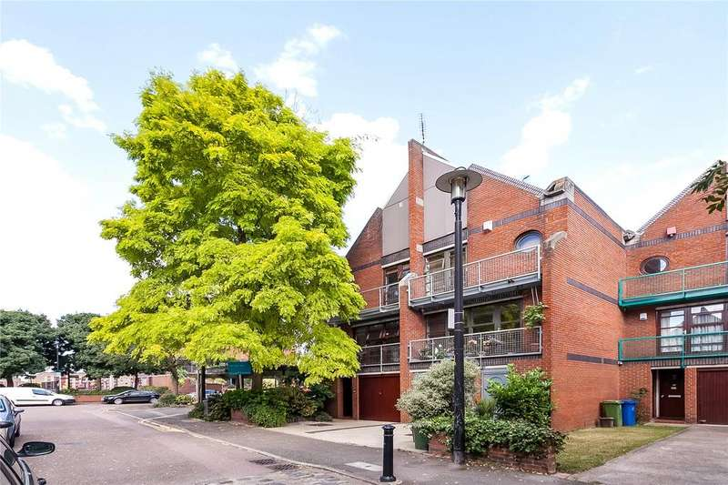 3 Bedrooms House for sale in Elephant Lane, London, SE16