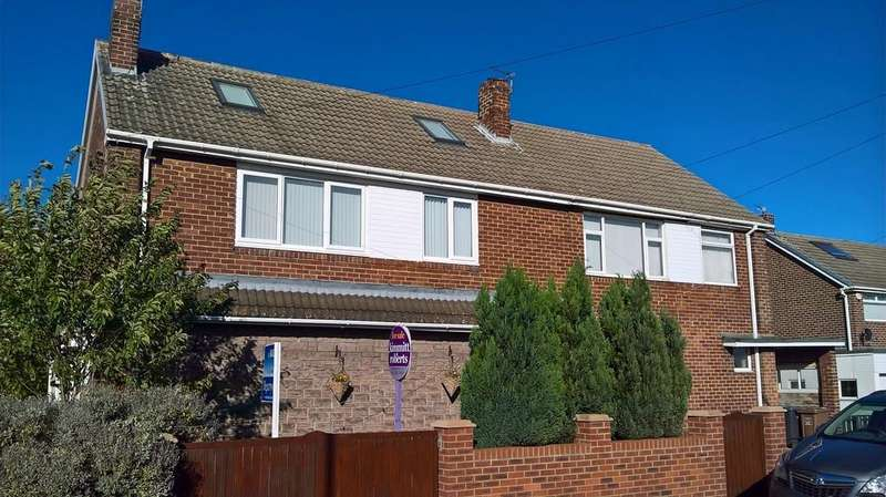 2 Bedrooms Maisonette Flat for sale in Ross Lea , Shiny Row