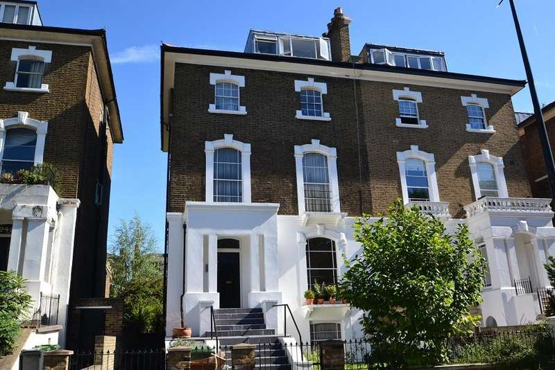 2 Bedrooms Flat for sale in Camden Road, Camden, London, NW1