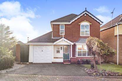 4 Bedrooms Detached House for sale in Holborn Court, Widnes, Cheshire, WA8