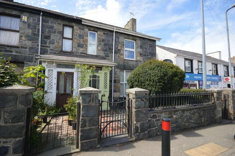 3 Bedrooms Semi Detached House for sale in Ffordd Llanllechid, Llanllechid, North Wales