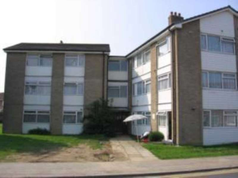 2 Bedrooms Apartment Flat for sale in Heathfield