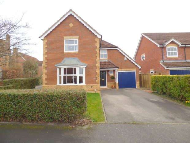 4 Bedrooms Detached House for sale in Blagrave Rise, Tilehrust, Reading,