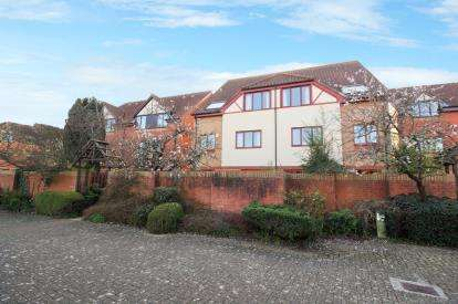 2 Bedrooms Maisonette Flat for sale in Hope Court, Canada Way, Bristol