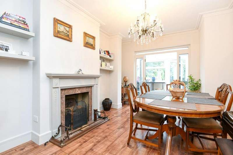 4 Bedrooms Terraced House for sale in Lescombe Close, Forest Hill, SE23