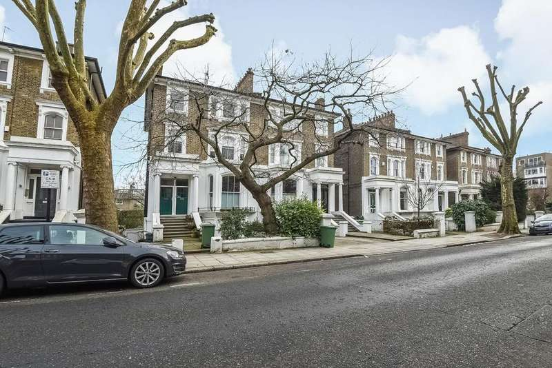 2 Bedrooms Flat for sale in Steeles Road, Belsize Park, NW3