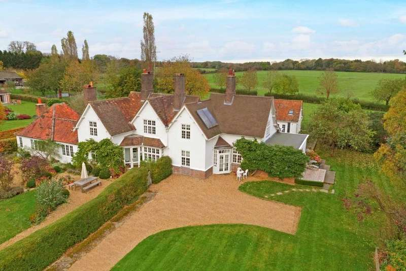 4 Bedrooms Country House Character Property for sale in Little Gaddesden, Near Berkhamsted