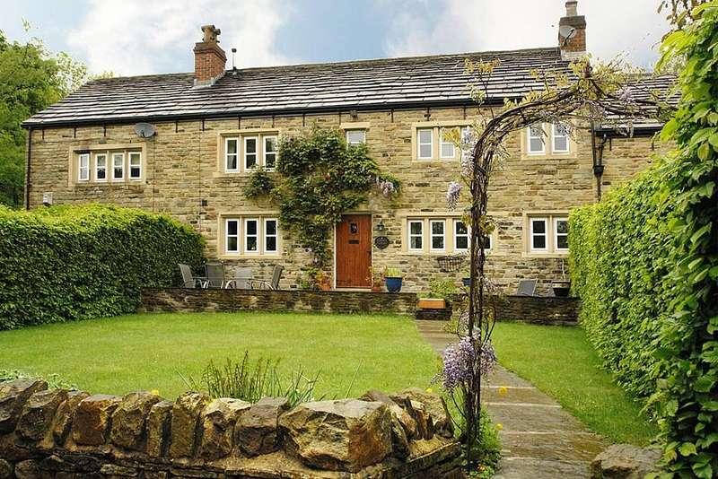 4 Bedrooms Cottage House for sale in Souracre Fold, Heyrod, Stalybridge