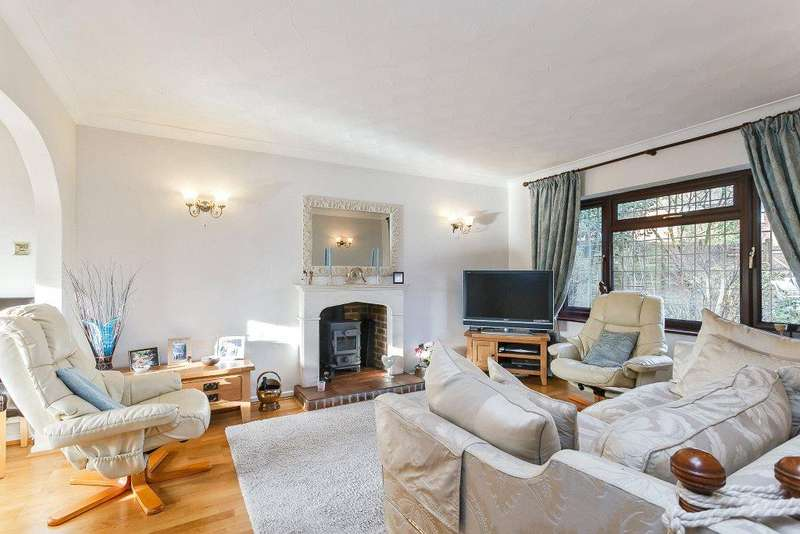 3 Bedrooms House for sale in Bible Fields, Dummer, Basingstoke, Hampshire, RG25