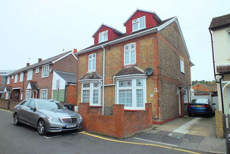 9 Bedrooms Detached House for sale in Woking, Surrey