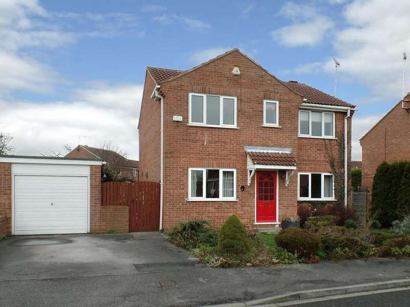 4 Bedrooms Detached House for sale in 1 CAROUSEL WALK, SHERBURN IN ELMET, LS25 6LP