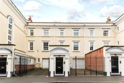 3 Bedrooms Terraced House for rent in The Ropewalk, Nottingham, NG1 5DW