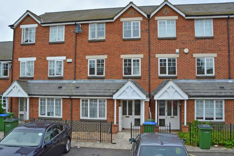 5 Bedrooms Terraced House for sale in Elizabeth Fry Place, Shooters Hill, London, SE18