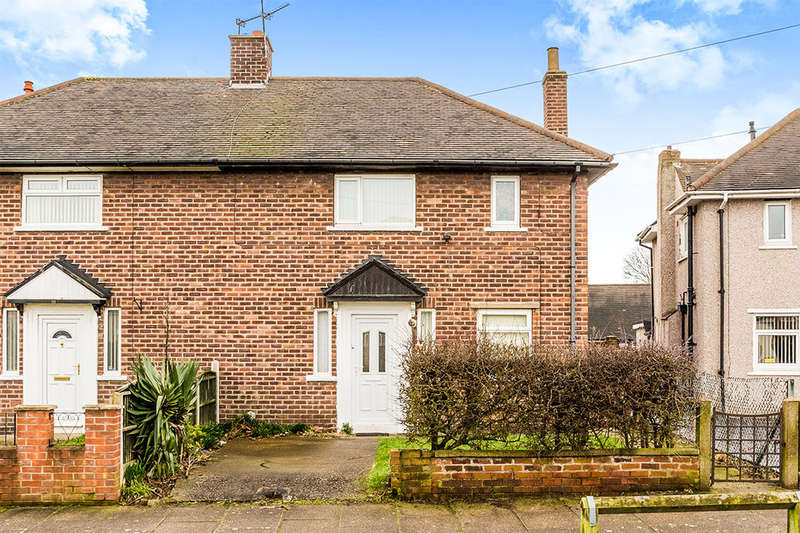 2 Bedrooms Semi Detached House for sale in Cripps Avenue, New Rossington, Doncaster, DN11