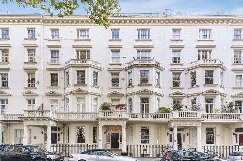 3 Bedrooms Flat for sale in St. George's Square, Pimlico, London, SW1V