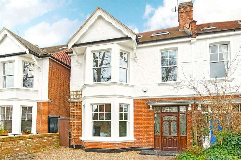 5 Bedrooms Semi Detached House for sale in Hadley Gardens, Chiswick, London, W4