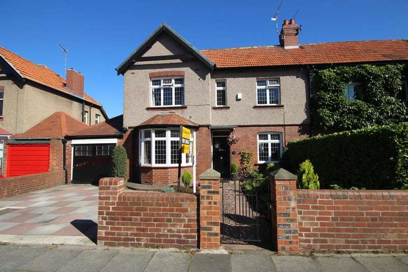 4 Bedrooms Semi Detached House for sale in St Georges Crescent, Monkseaton, Whitley Bay, NE25