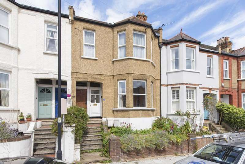 2 Bedrooms Maisonette Flat for sale in Casewick Road, London, SE27