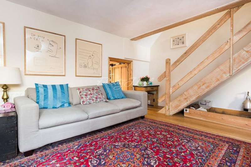 3 Bedrooms Flat for sale in Chatsworth Road, Clapton, E5
