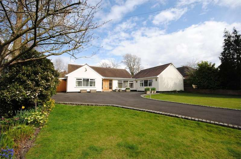 4 Bedrooms Bungalow for sale in Anglesey Drive, Poynton,
