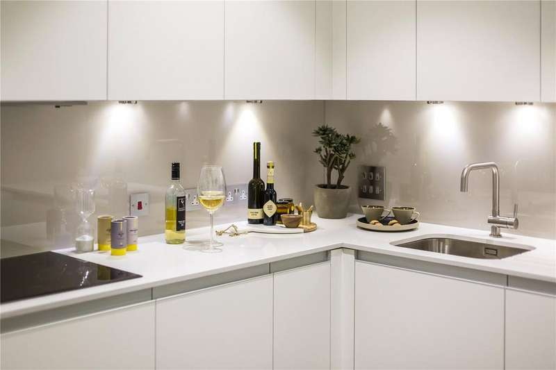 1 Bedroom Flat for sale in A23, XY Apartments, Maiden Lane, London, NW1