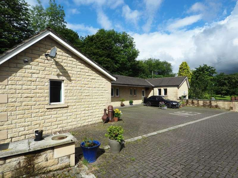 4 Bedrooms Detached Bungalow for sale in Station Road, Furness Vale, High Peak, Derbyshire, SK23 7QA