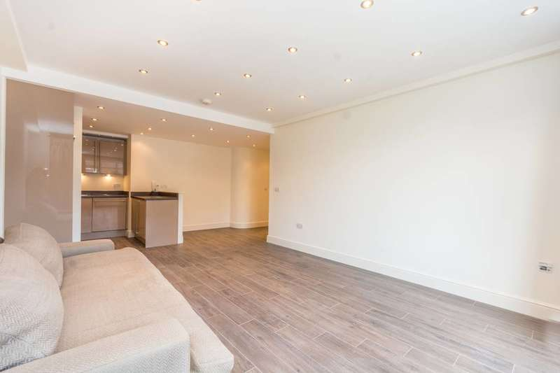 2 Bedrooms Flat for sale in Sussex Lodge, Hyde Park Estate, W2