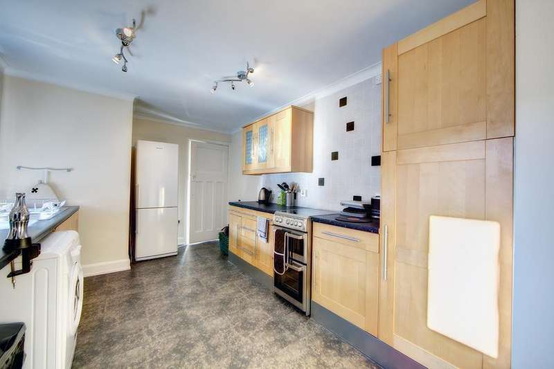 2 Bedrooms Apartment Flat for sale in Valley View, Jesmond, NE2