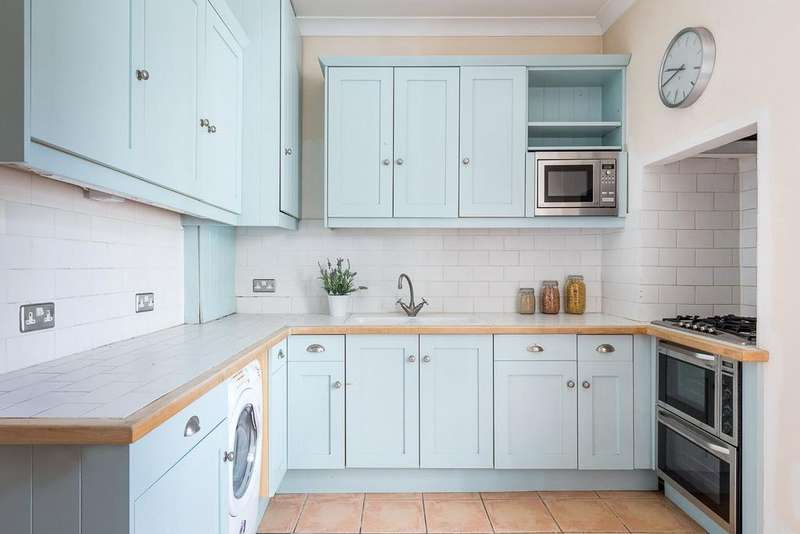 2 Bedrooms Apartment Flat for sale in Beaufort Mansions, Beaufort Street, London, SW3