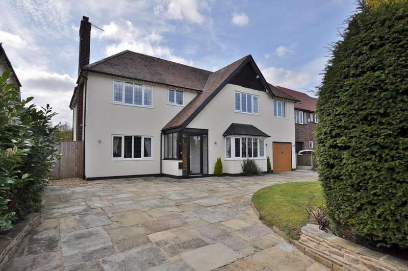4 Bedrooms Detached House for sale in Elmsway, Bramhall