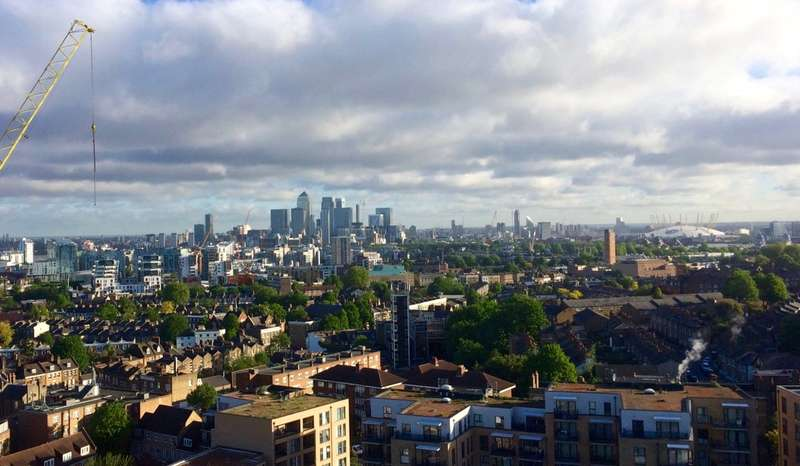 3 Bedrooms Flat for sale in Centenary Heights, Larkwood Avenue, London, SE10