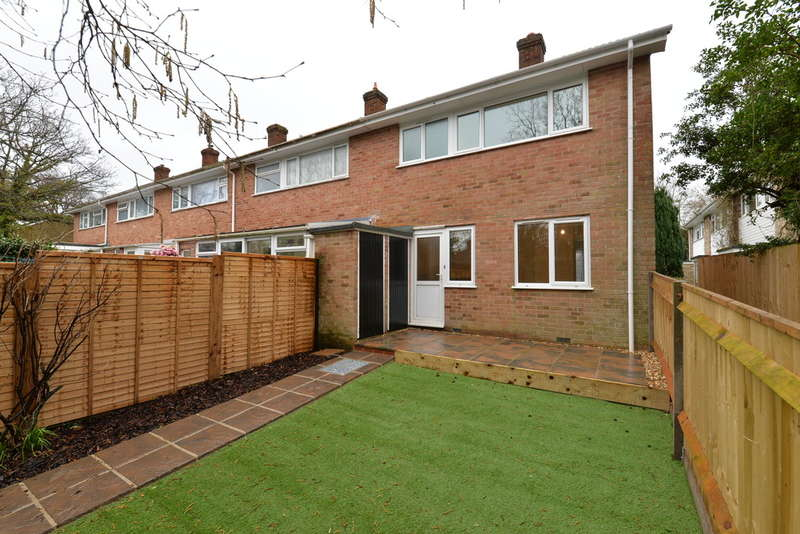 3 Bedrooms End Of Terrace House for sale in Woodvale Gardens, New Milton