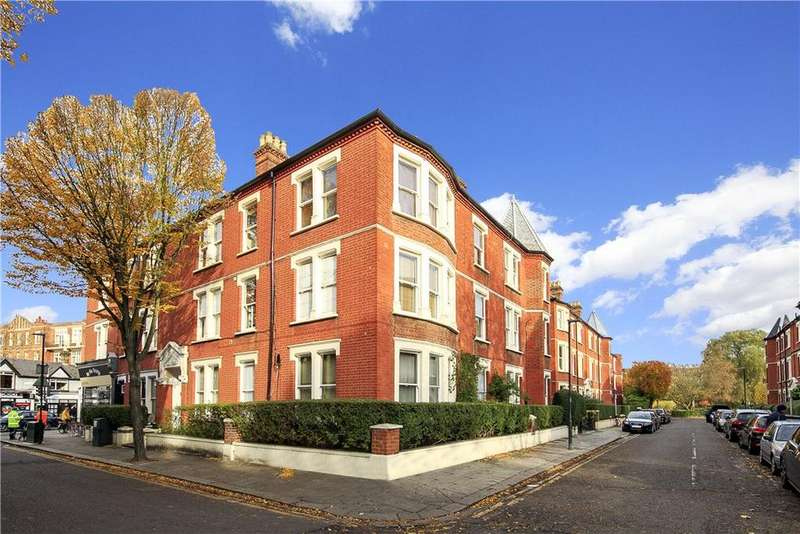 4 Bedrooms Flat for sale in Clevedon Mansions, Cambridge Road, Richmond, Twickenham, TW1