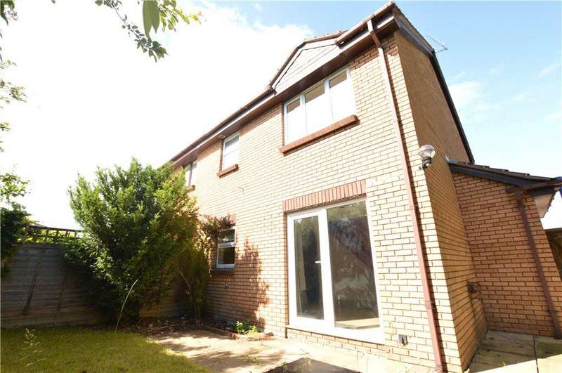 1 Bedroom Terraced House for sale in Manor Farm Road, Crigglestone, Wakefield, West Yorkshire