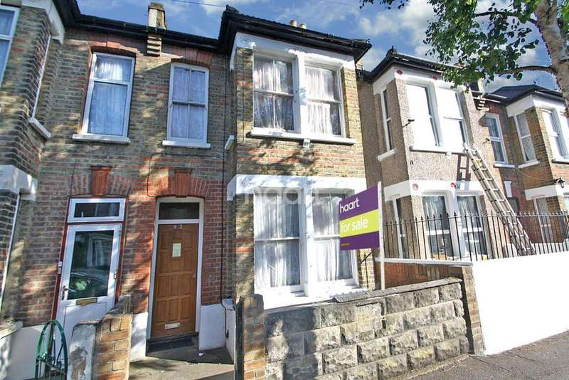 4 Bedrooms Terraced House for sale in Pevensey Road