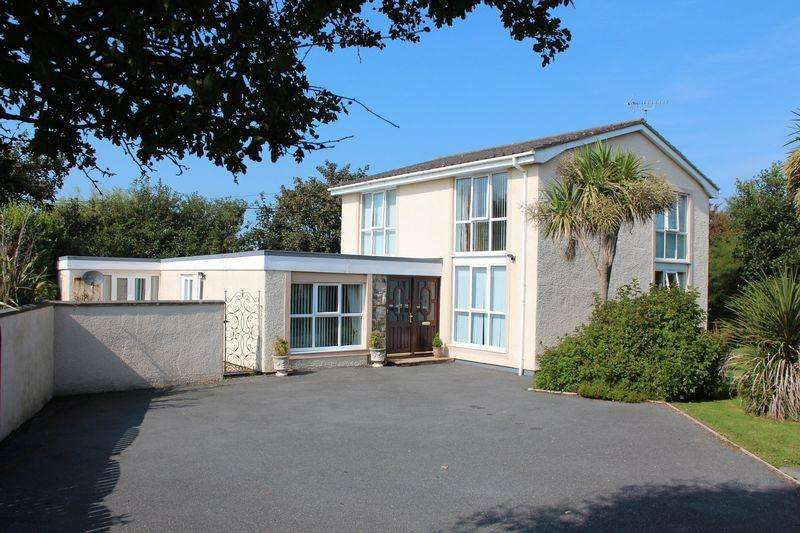 4 Bedrooms Detached House for sale in Trearddur Road, Trearddur Bay
