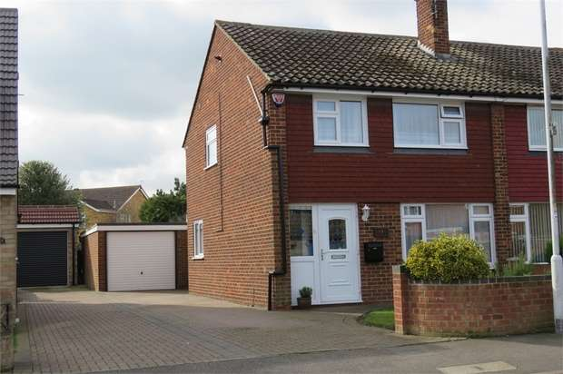 3 Bedrooms Semi Detached House for sale in Brisbane Avenue, SITTINGBOURNE, Kent