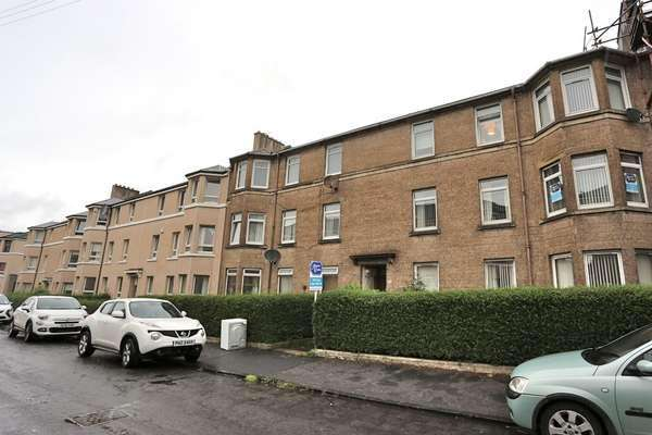 3 Bedrooms Flat for sale in 2/2, 50 Bunessan Street, Craigton, Glasgow, G52 1DJ