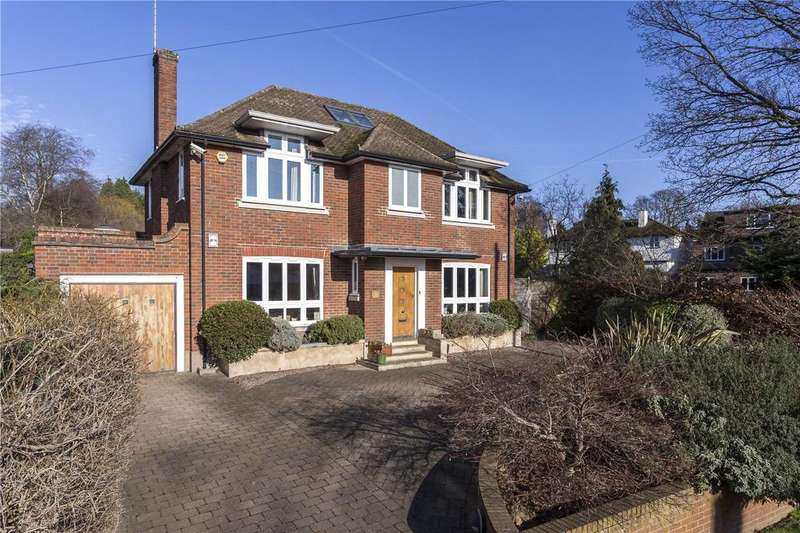 5 Bedrooms Detached House for sale in Burghley Avenue, New Malden, Surrey, KT3