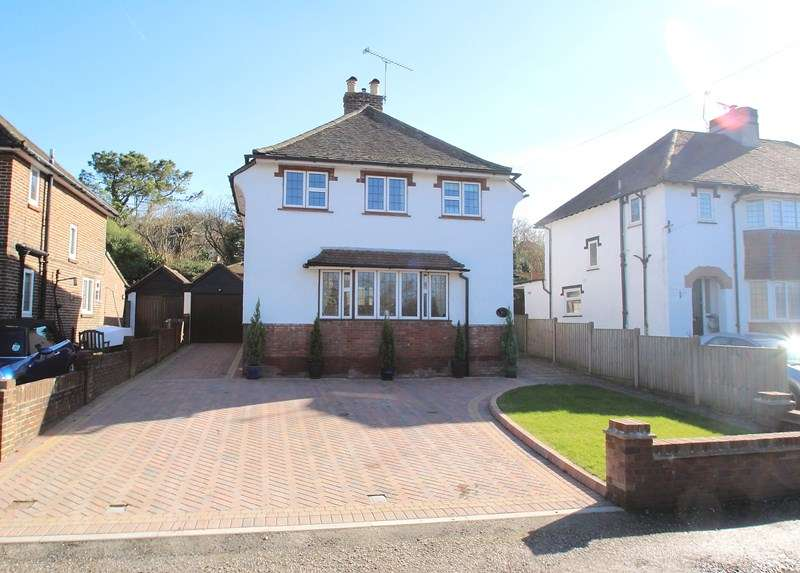 3 Bedrooms Detached House for sale in North Wallington, Fareham