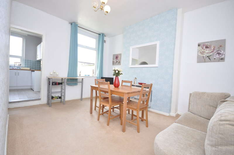 2 Bedrooms Terraced House for sale in St Pauls Terrace, Hoddlesden