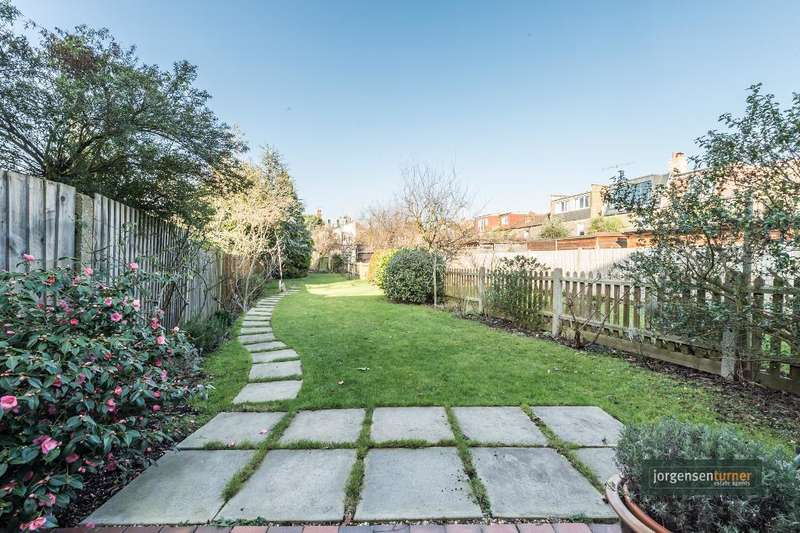 4 Bedrooms House for sale in Aldbourne Road, Shepherds Bush, London, W12 0LW