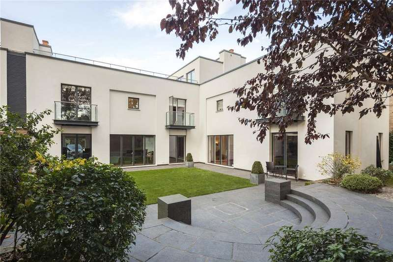 5 Bedrooms Semi Detached House for rent in Crown Yard, Parsons Green, Fulham, London, SW6