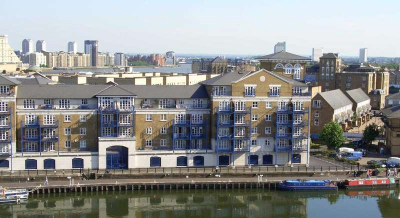 2 Bedrooms Apartment Flat for sale in Fleet House, E14