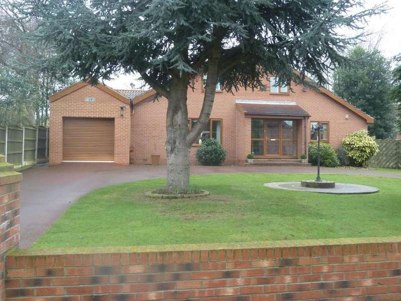 3 Bedrooms Detached House for sale in Roger Drive, Sandal