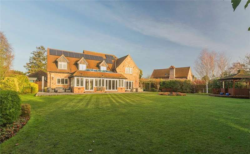 5 Bedrooms Detached House for sale in Whitwell Way, Coton, Cambridge, CB23